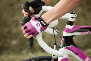 LG-gloves-pink-action-on-bike