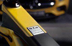 Mercedes-AMG-GT-S-Bike-3