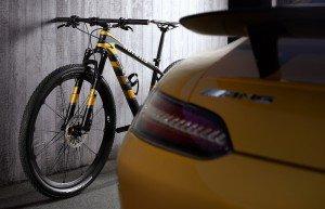 Mercedes-AMG-GT-S-Bike-7