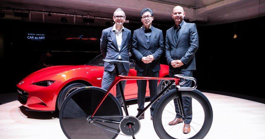 Πανέμορφο ποδήλατο πίστας από την Mazda!