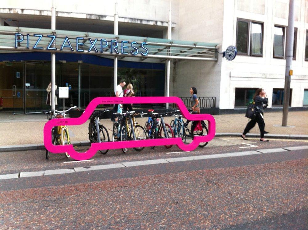cyclehooppinkcar