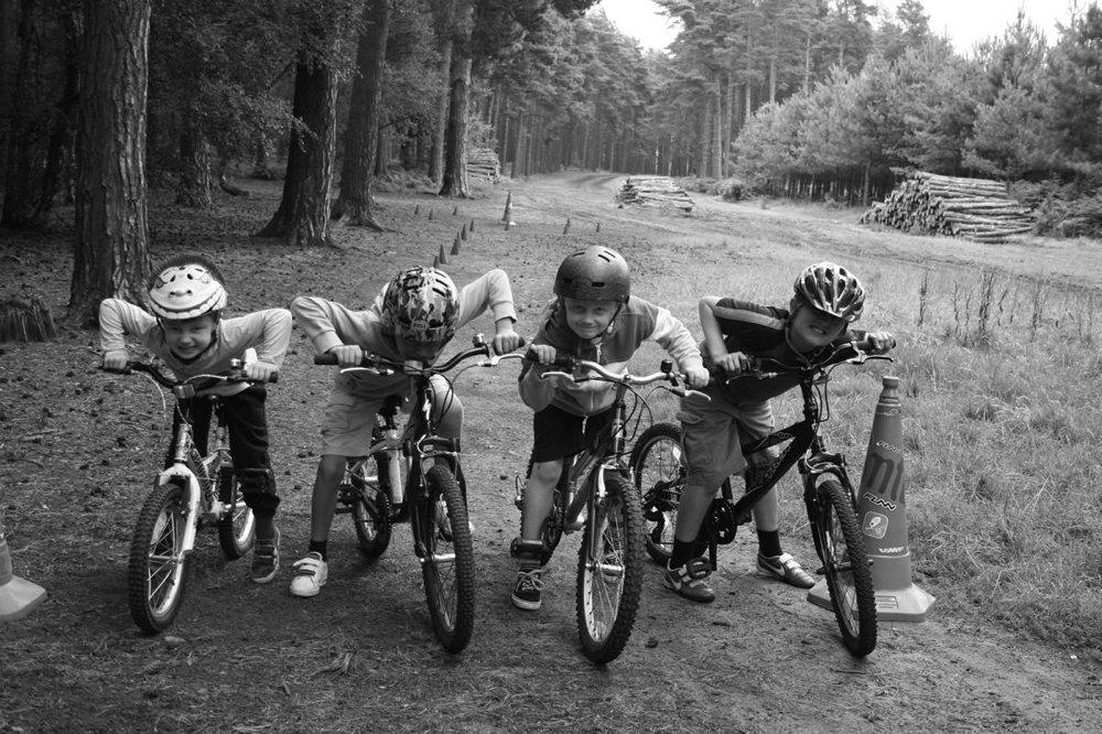 mtb-instruction-kids-mountain-bike-skills