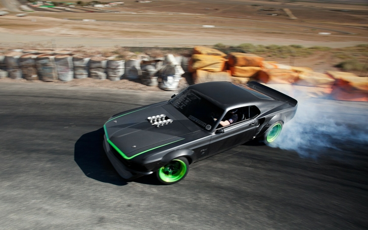 cars ford mustang drifting rtrx mustang 1680x1050 wallpaper_www.wallpaperfo.com_62