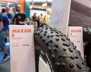 Maxxis-Colossus