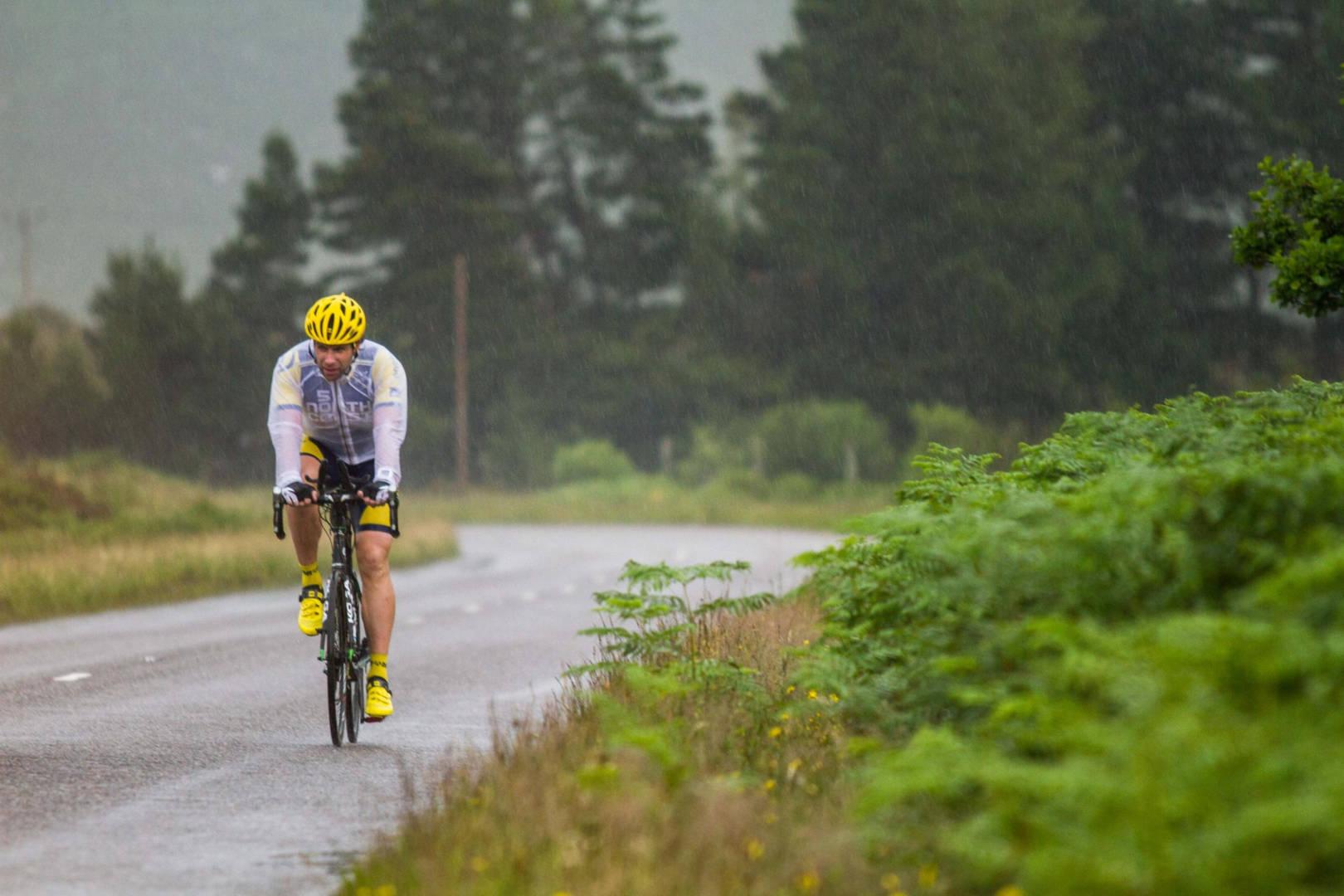 Mark_Beaumont gyos skotias road (1)