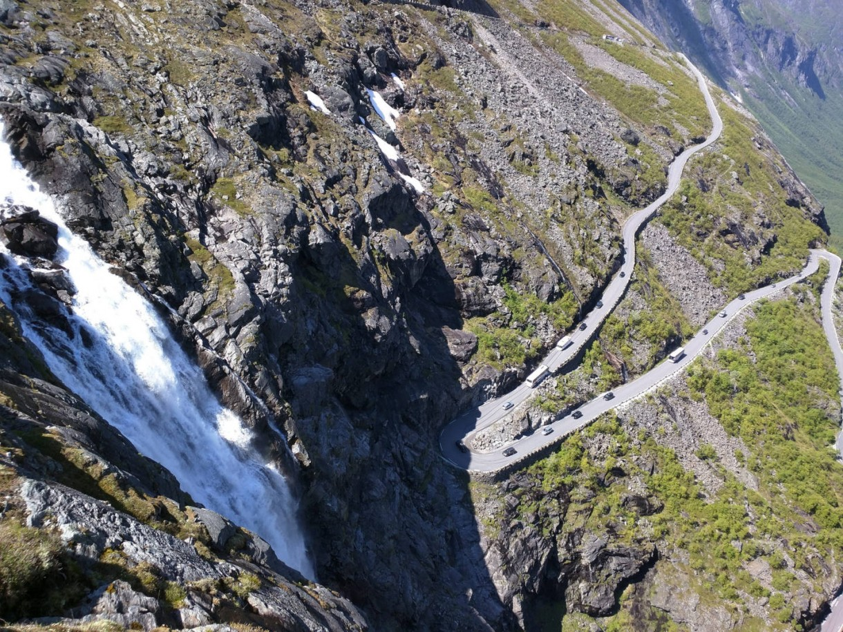 Trollstigen road bike