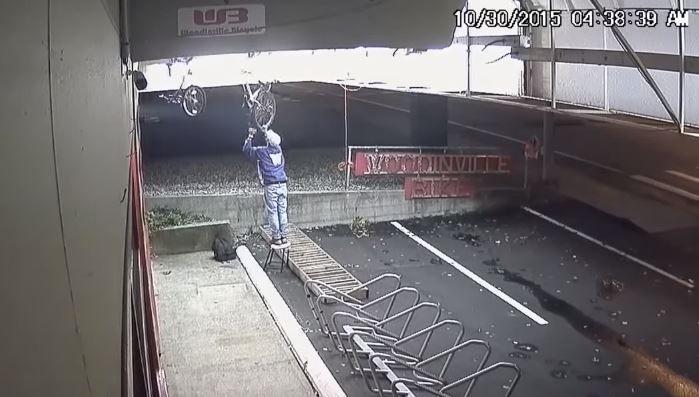 bike thief (2)