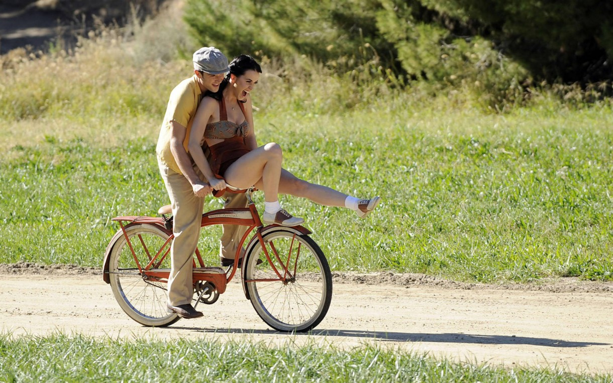 cycling in love mtb couple (3)