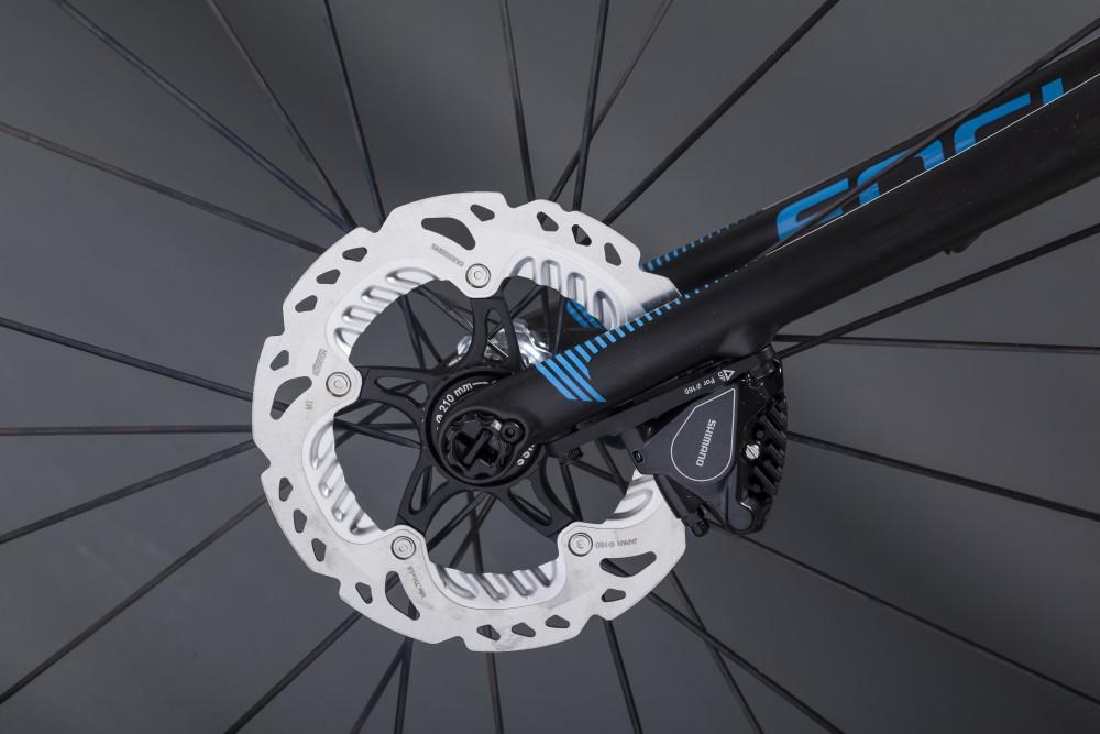 focus izalco road bike (1)