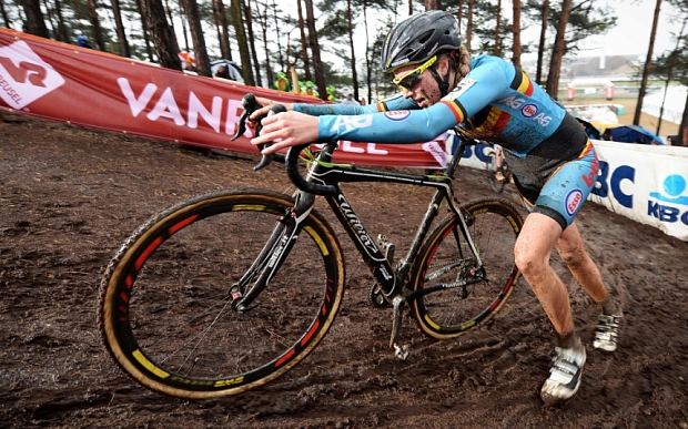 Belgian Femke Van Den Driessche races during the women's U23 race at the world championships cyclocross cycling, in Heusden-Zolder, on January 30, 2016. / AFP / Belga / Belgium OUT/AFP/Getty Images