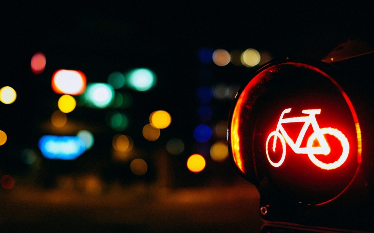 city bicycle traffic light