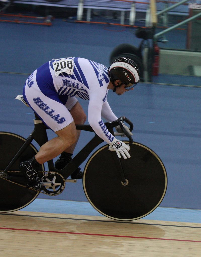 christos volikakis track cycling