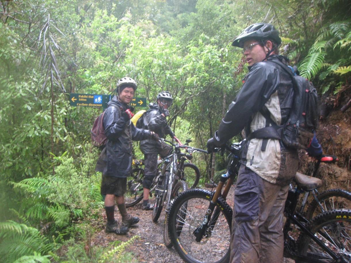 rain stop group ride mtb