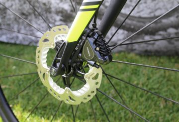 disc brake road bike shimano