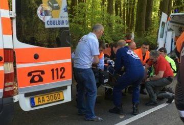 fleche du sud crash road bike ambulance