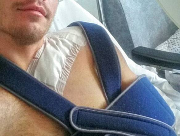 loic bruni broken collarbone
