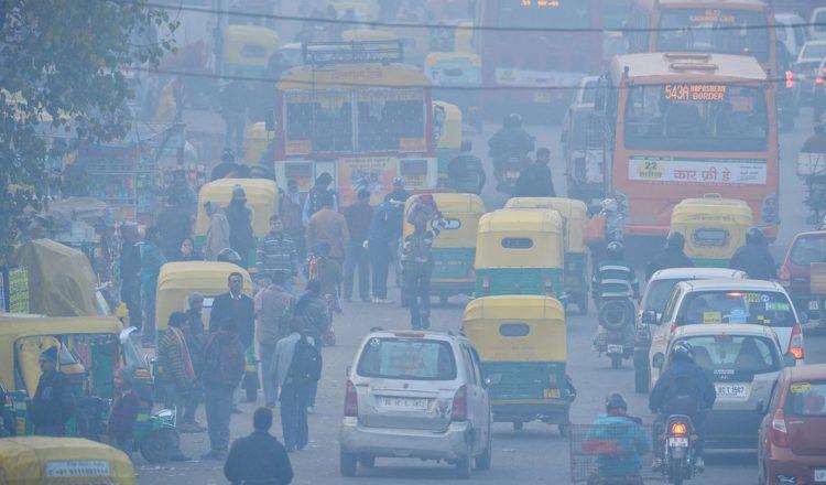 new delhi pollution city bike