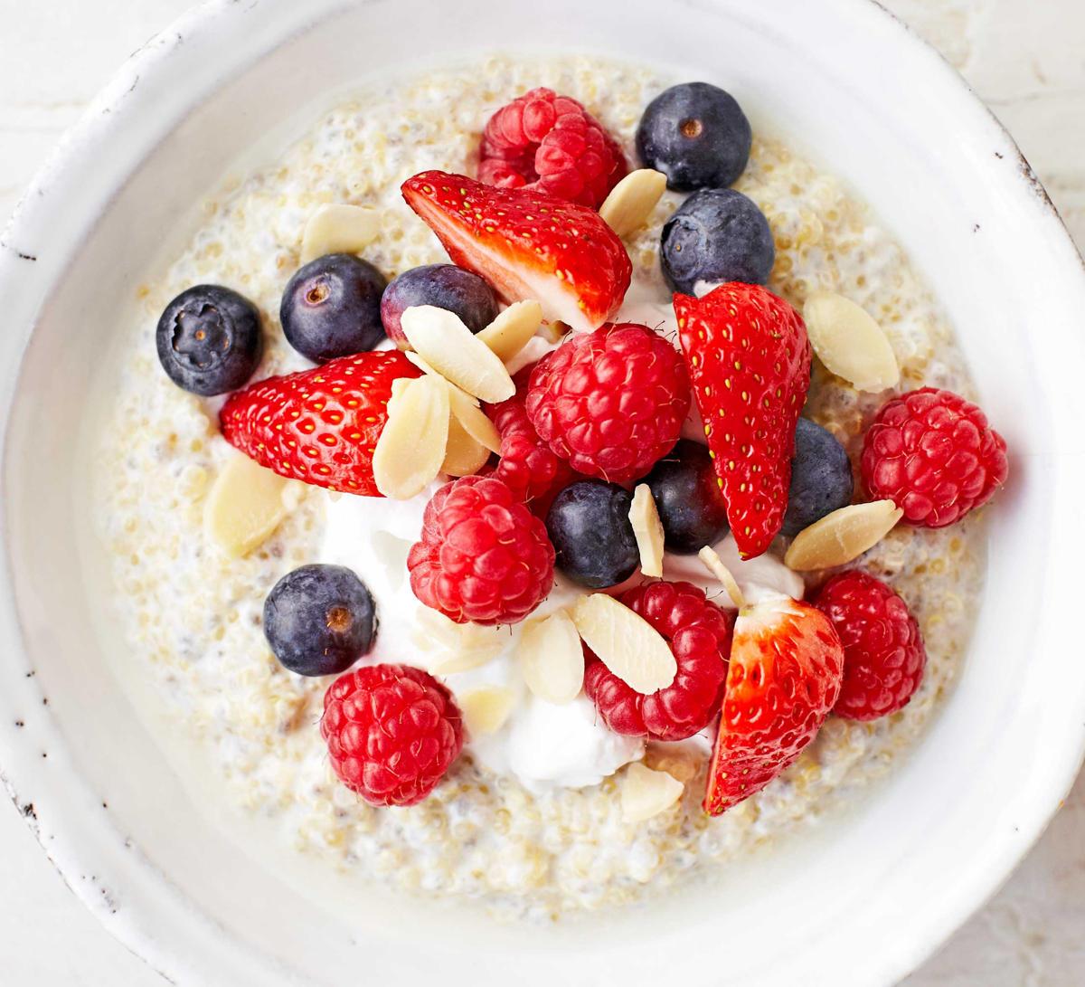 porridge fruits breakfast (2)