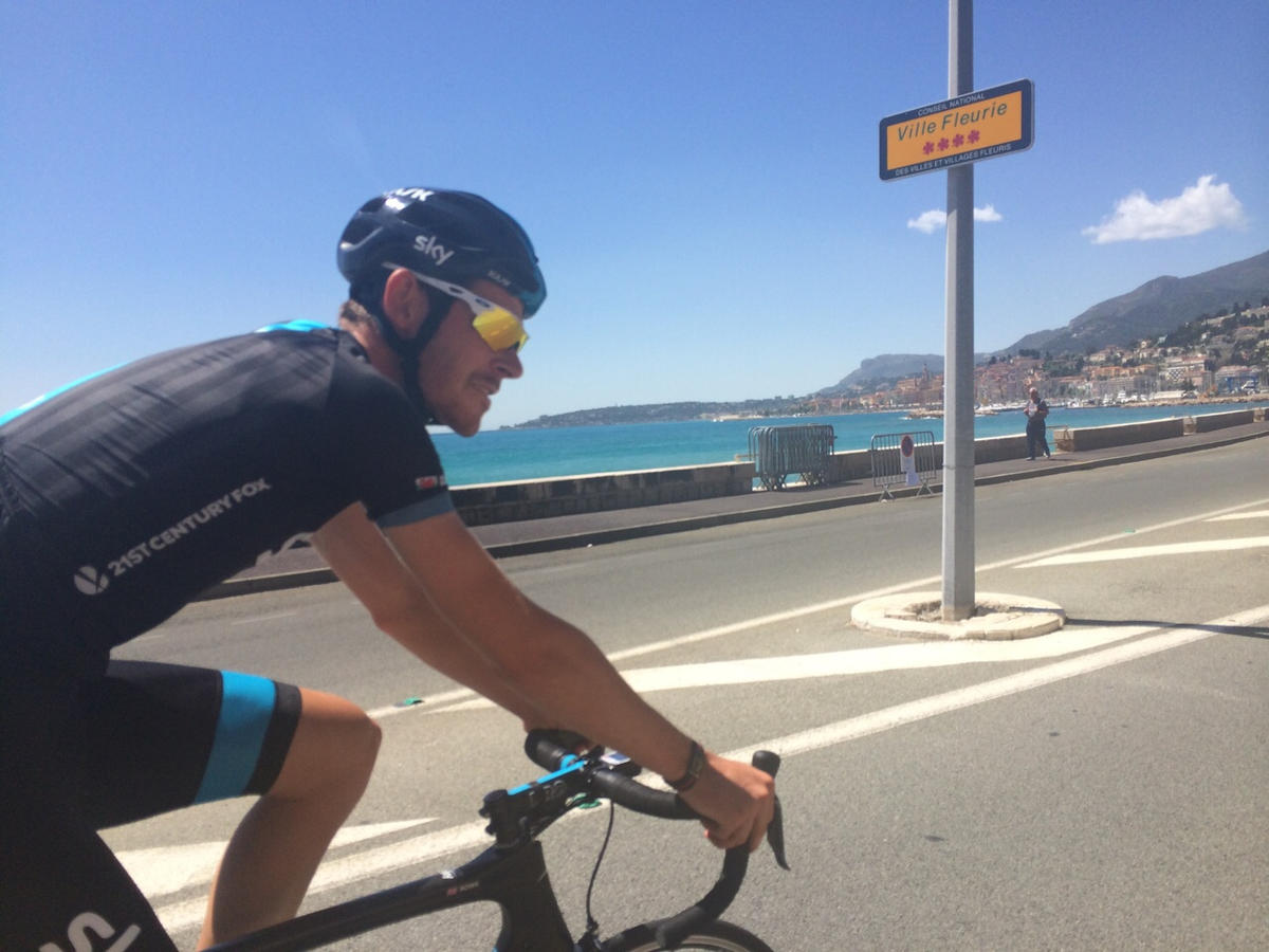 recovery ride road by the beach