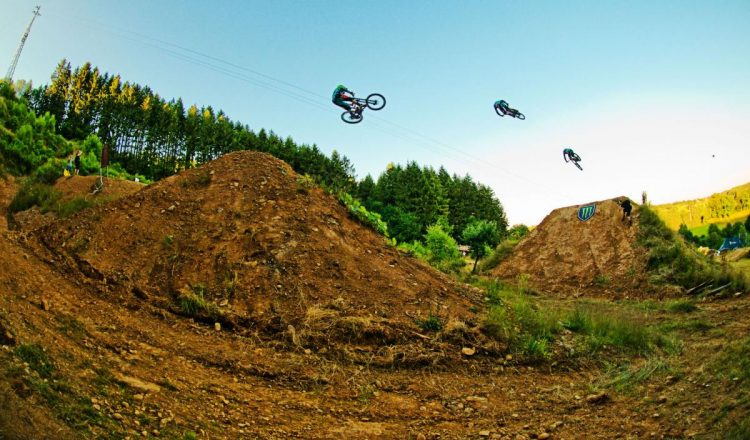 loosefest 2016 whip mtb freeride huge jump