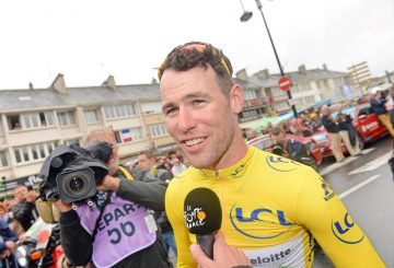 mark cavendish yellow jersey