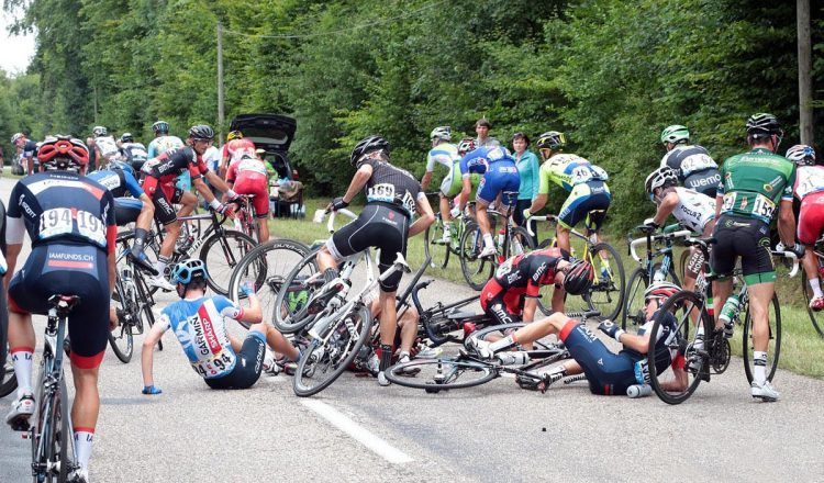tour de france crash (6)