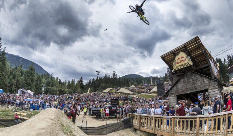 brett reeder no hander jump slopestyle huge drop