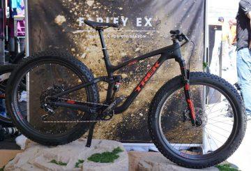 2017-trek-farley-ex-carbon-full-suspension-fat-bike01
