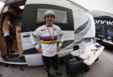 danny-hart-world-champ-2016