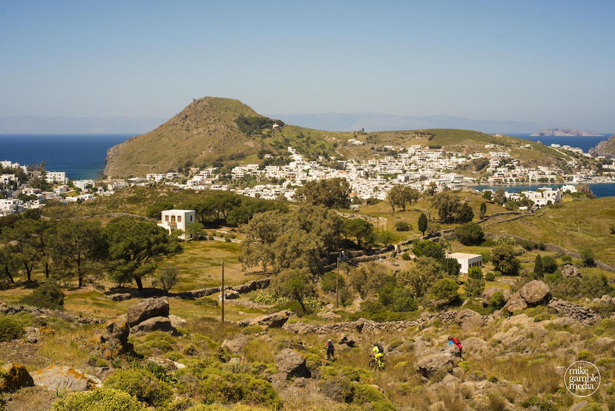 taxidi-sto-agaio-mtb-greek-islands-3