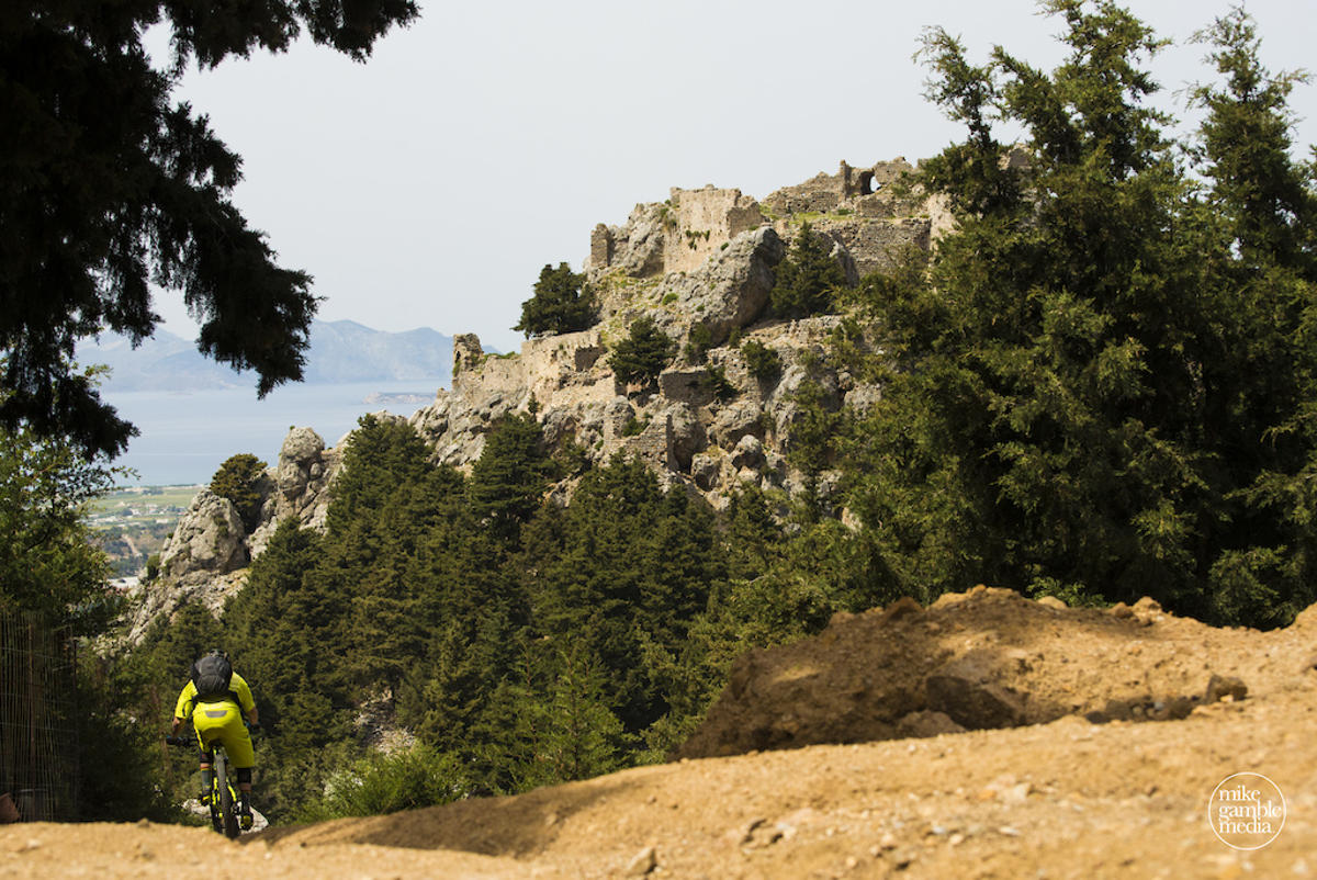 taxidi-sto-agaio-mtb-greek-islands-4
