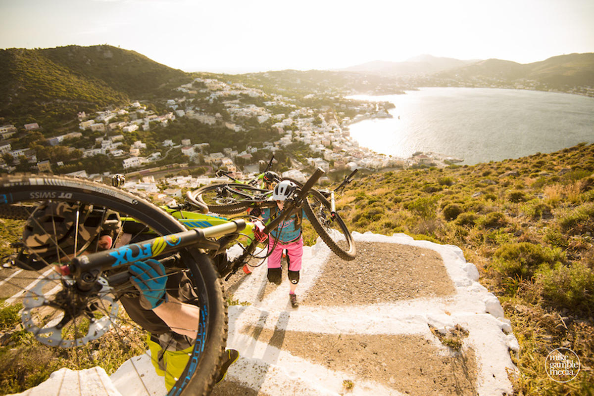taxidi-sto-agaio-mtb-greek-islands-5