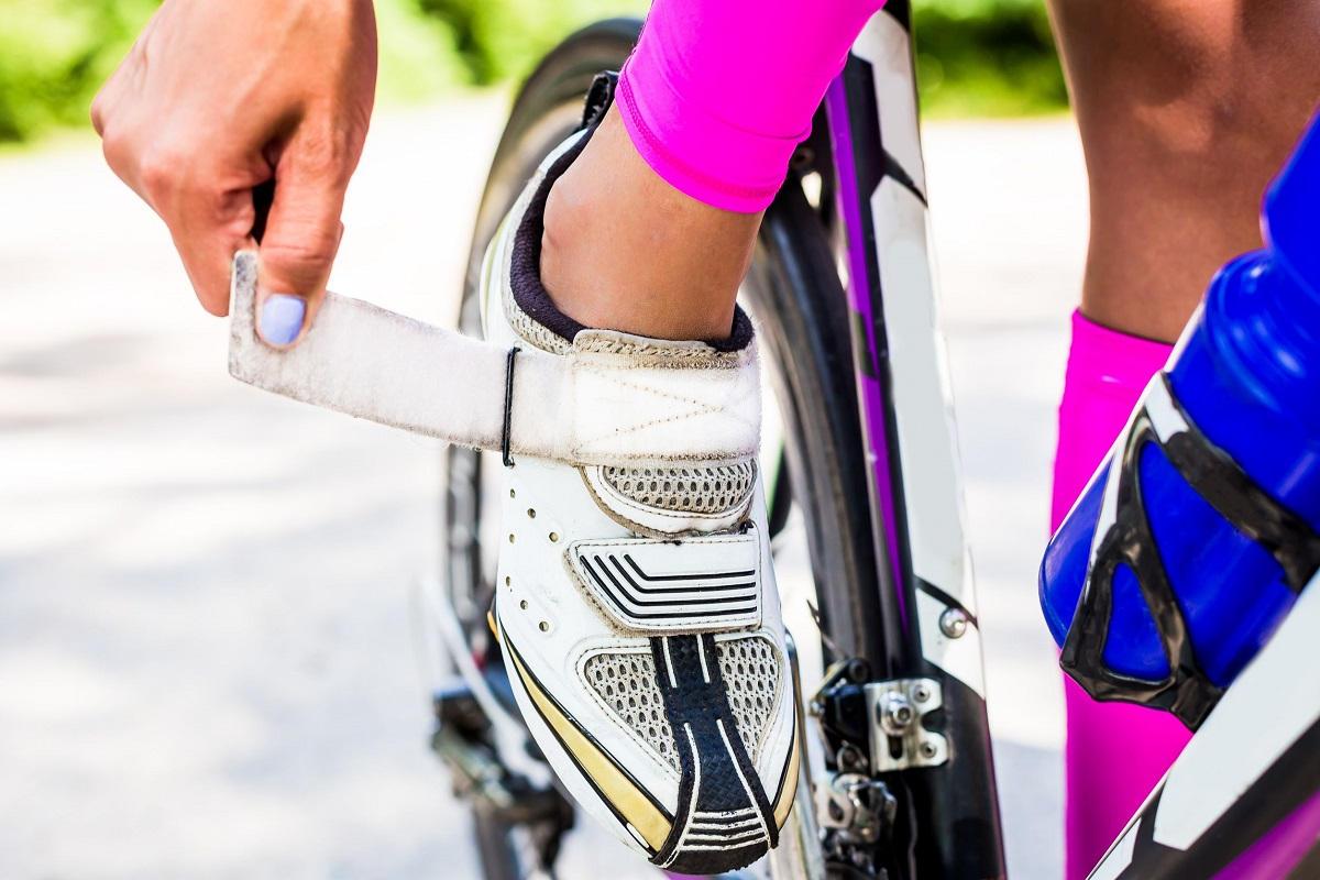 tri-shoes-road-bike