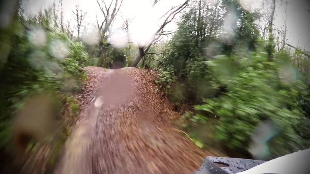 βγαίνω με ένα ποδηλατό αναβάτη Dating σε κινητό στην Ινδία