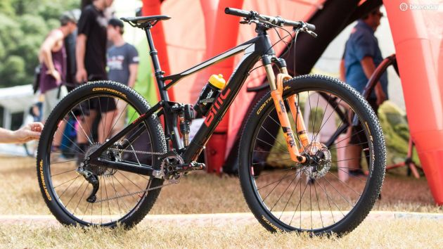 bmc-fourstroke-dropper-post-xc-bike