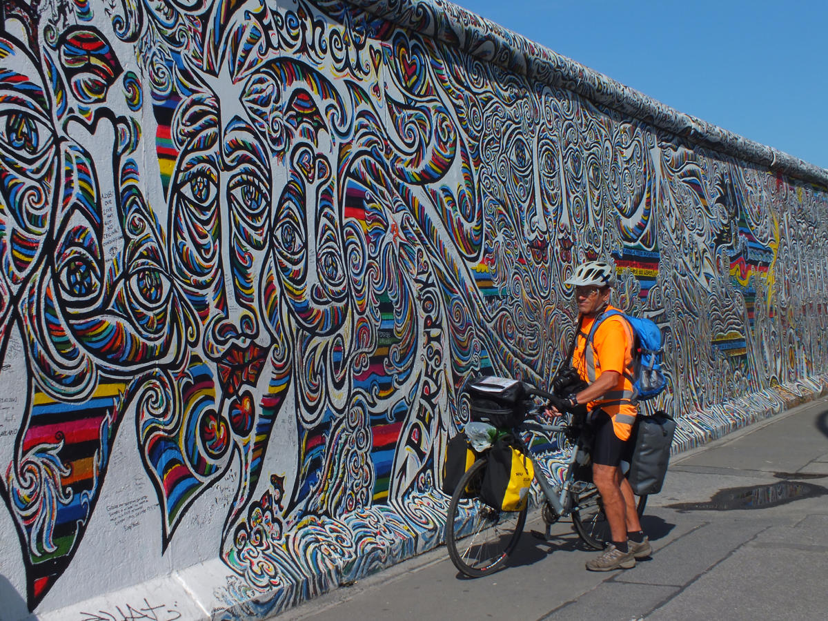 eurovelo-route-11-travel-bike-graffity-1