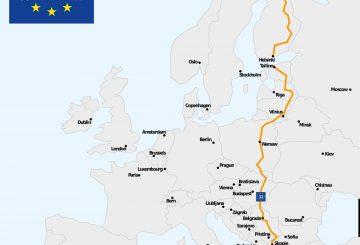 eurovelo-route-11-travel-bike-graffity-2