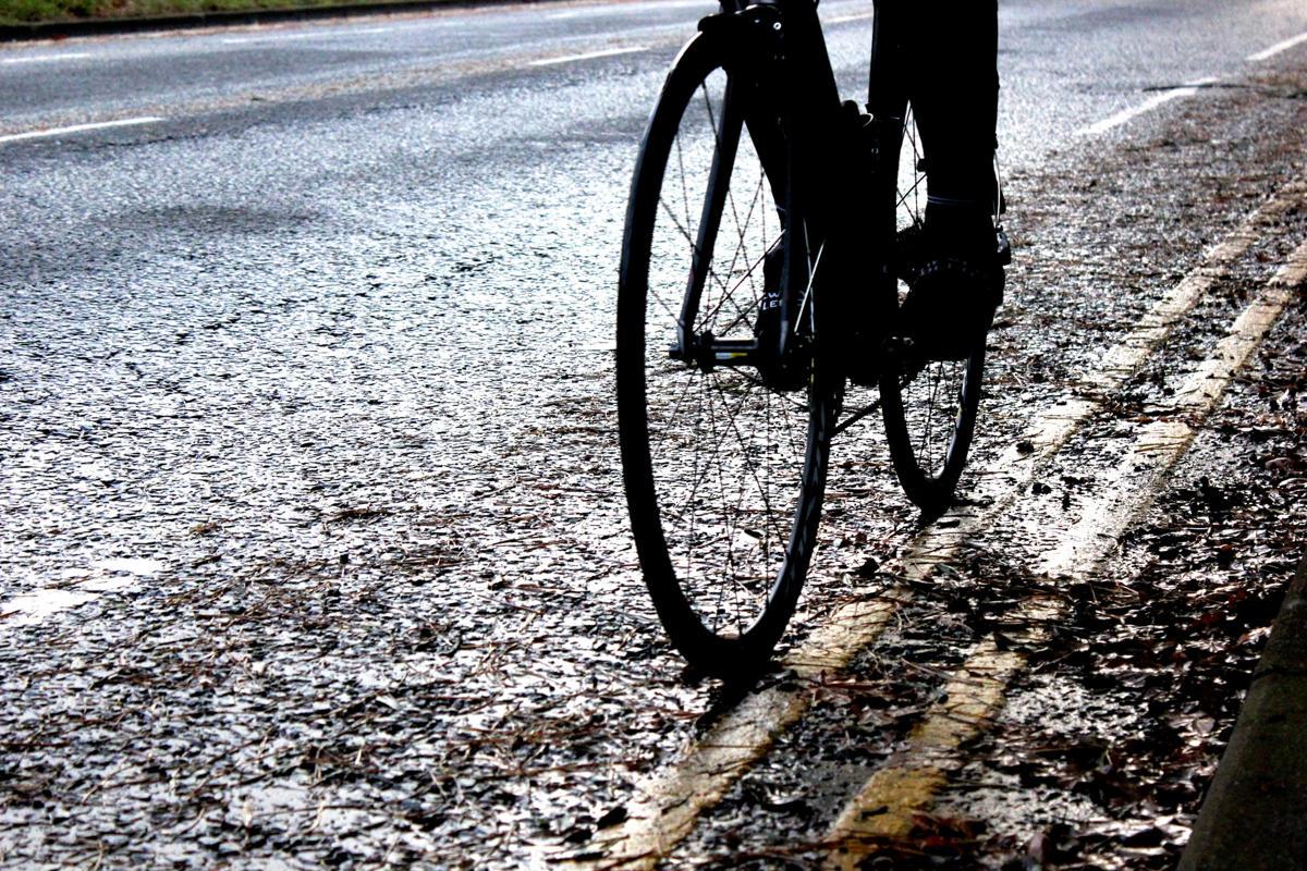 winter-ride-wet-road