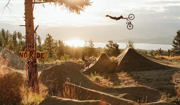 tom-van-steenbergen-superman dirt jumps