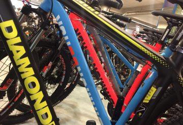 action-bikes-tube-diamondback