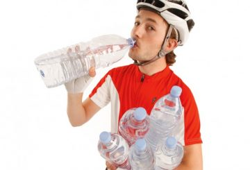 cyclist-water-bottles