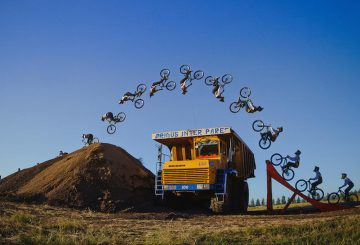 russian-dirt-jump-over-huge-trucks-at-coal-mine-1