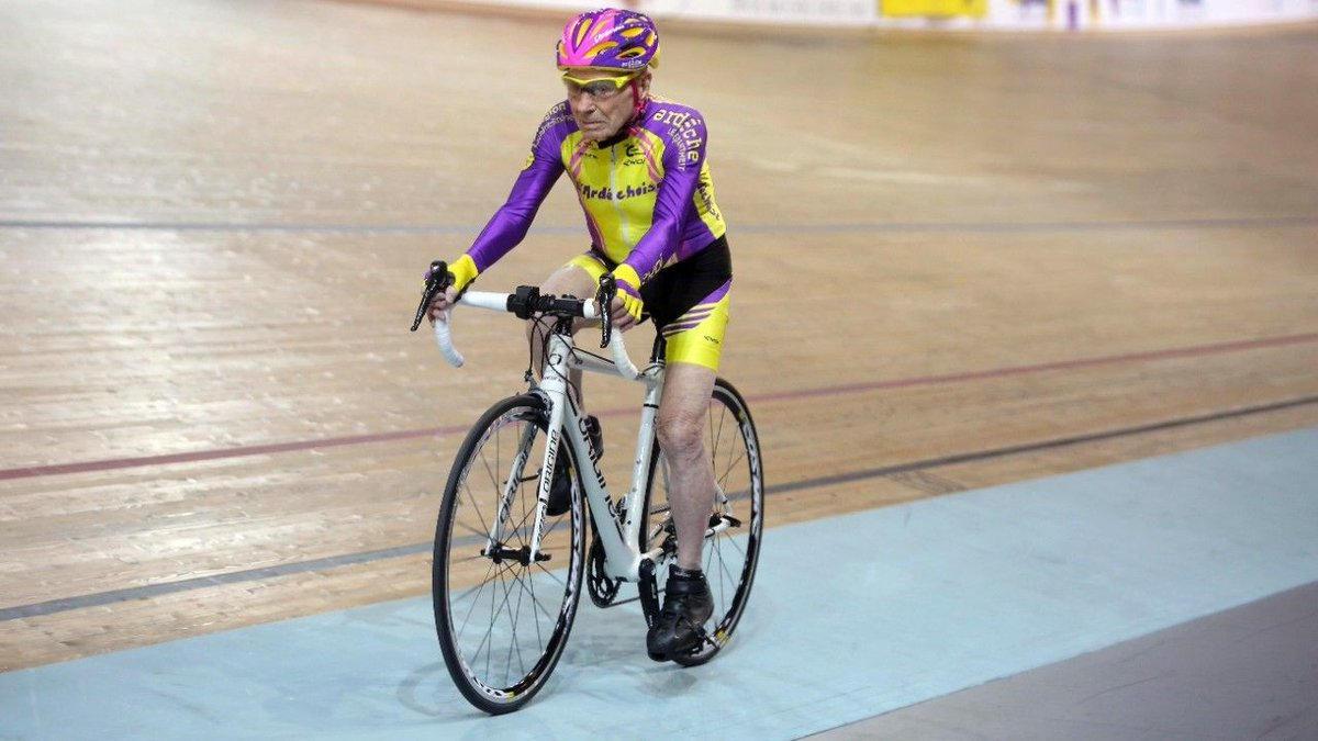 105-year-old-cyclist-2