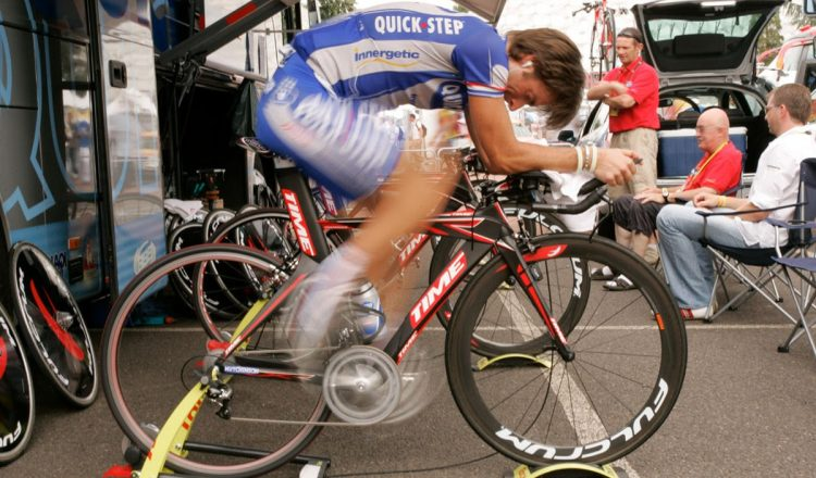 road bike cadence fast spinning