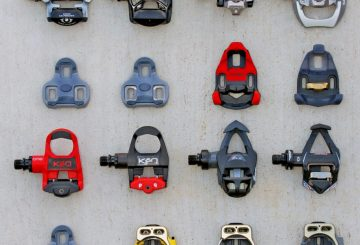 road bike pedals and cleat