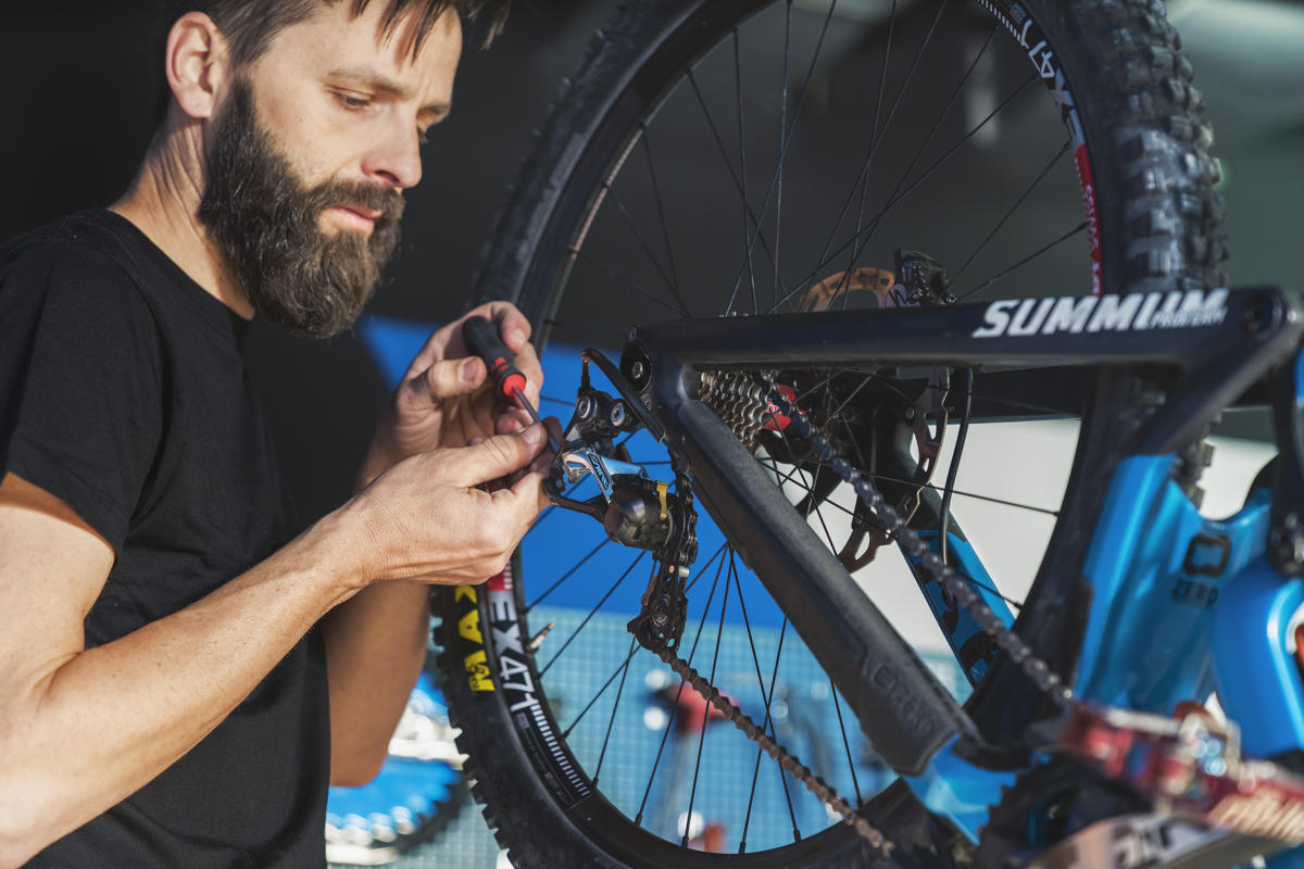 ms mondraker shimano saint gear adjustment