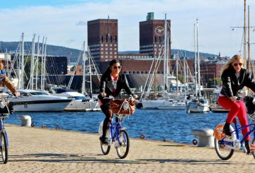 oslo urban cycling sea friends fun