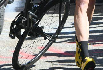 road bike crash rear wheel