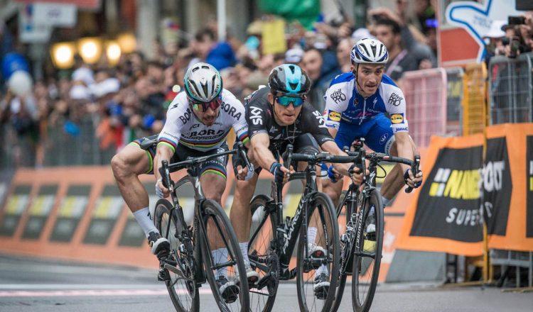 milan san remo finish sprint close road bike
