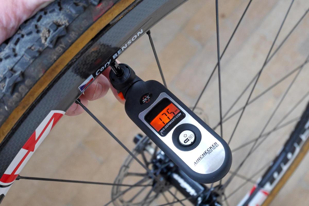 mtb tire pressuer gauge